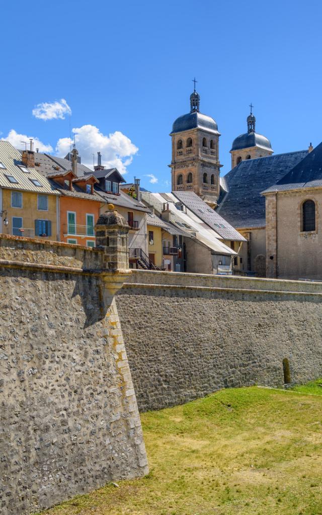 fortifications-vauban-briancon-unesco-alpes-f-1.jpg
