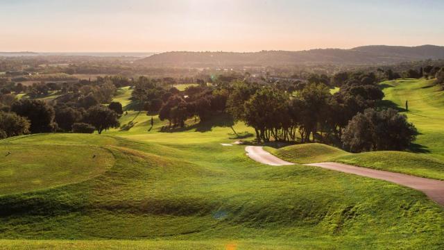golf-de-roquebrune-resort-delli-resort-02-2-8.jpg