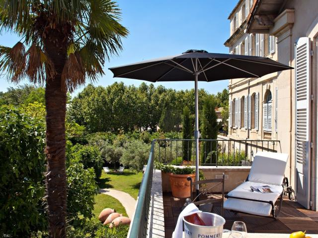 hebergement-provence-chateau-mazan-3.jpg