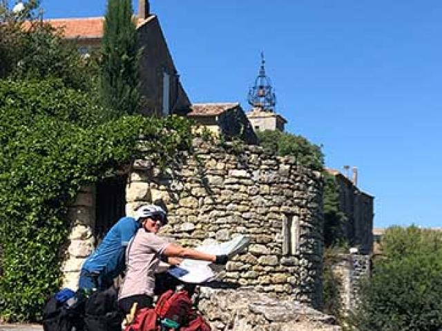 Itineraire Mediterrannee A Velo Luberon Village Velo Loisir Provence 1