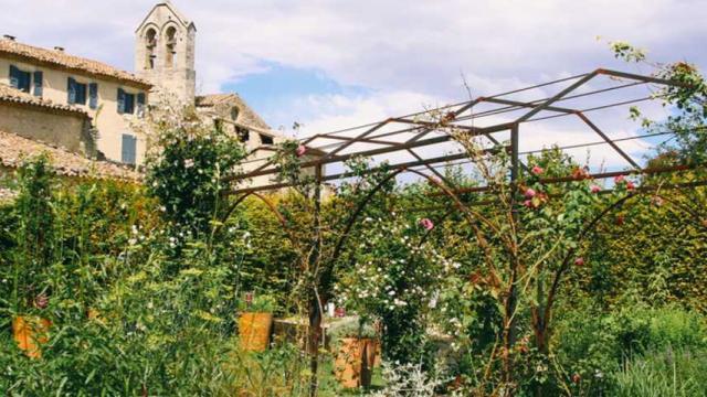 Jardin De Salagon Fotolia 123357461 Credit Luluandisabelle Stock Adobe Com 1080px 1