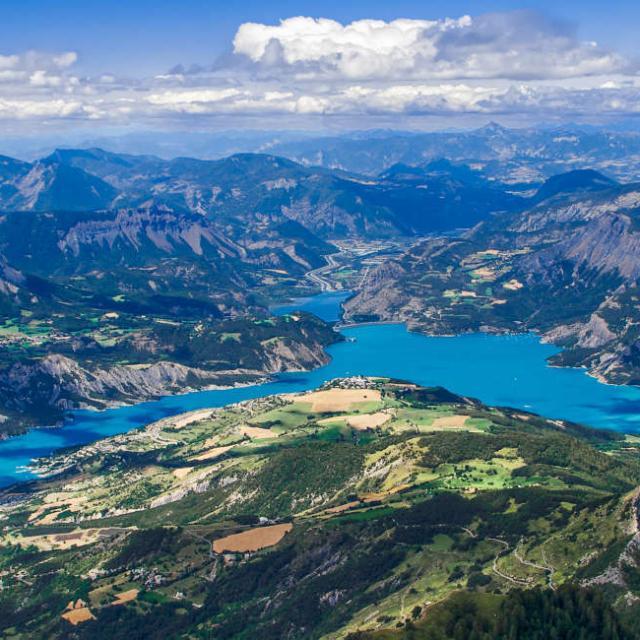 Lac Serreponcon Alpes A Mouton
