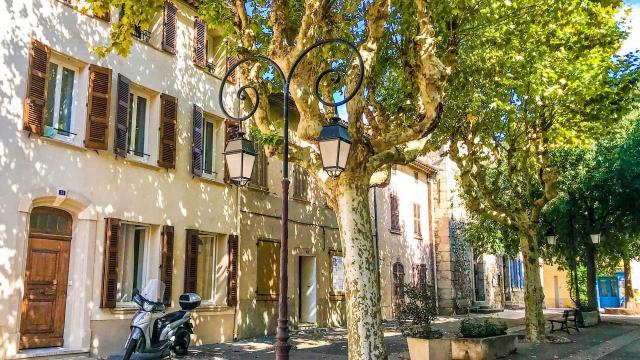 Le Plan De La Tour Credit S Ozolins 3948 1