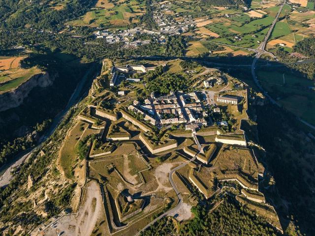 Mont-Dauphin, fortifications Vauban