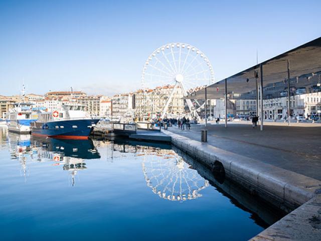 Ombriere Vieuxport Marseille Mfouque F244025120