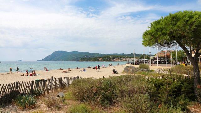 plage-sablettes-la-seyne-surmer-as303401571-4.jpg