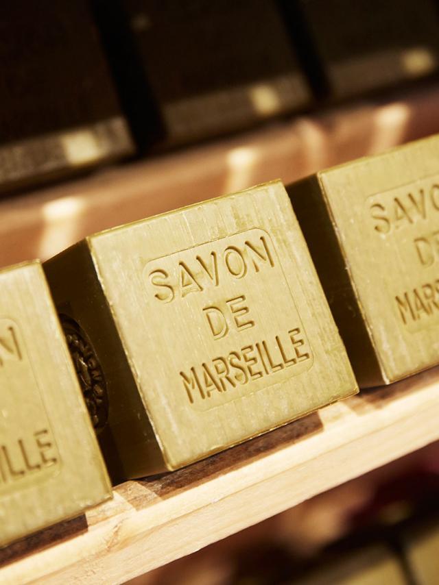 savon-marseille-provence-lafont-1.jpg