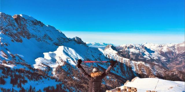 Point de vue sur la station de Pra Loup en hiver