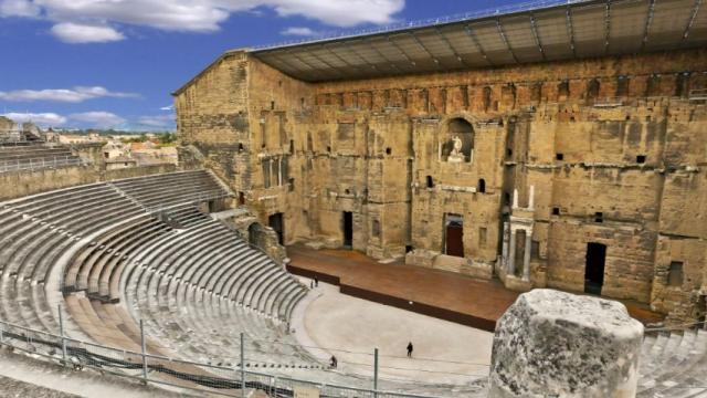 Theatre Antique Orange Fotolia 2018 14945 1