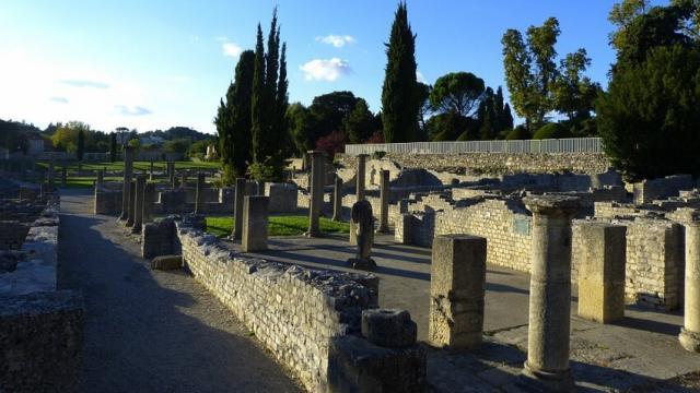 vestiges-vaisonlaromaine-provence-asimon.jpg