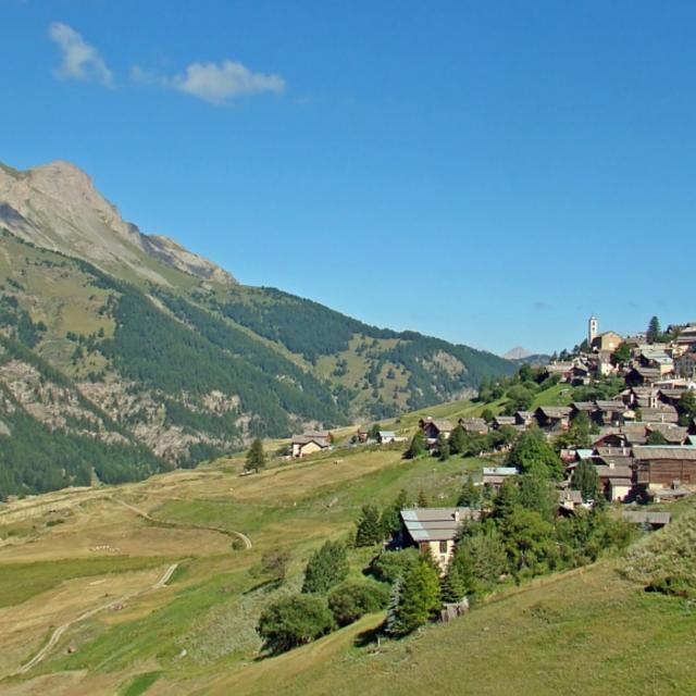 village-saintveran-alpes-fotolia-1-1-1.jpg