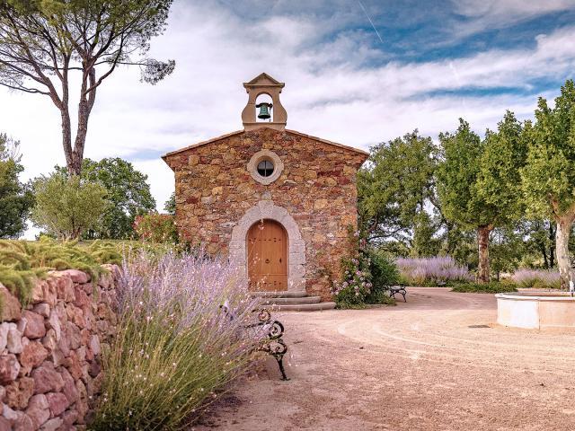 vin-chateau-fontainebleau-oemran-1.jpg