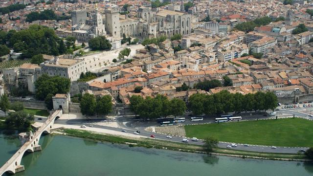 Vue Sur Rhone Ot Avignon
