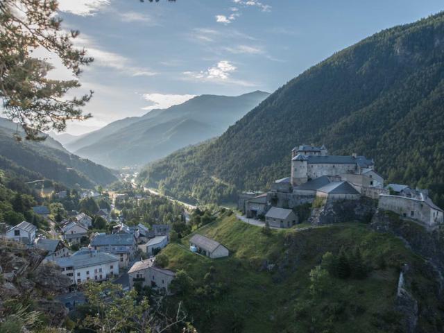 Alpes Chateau Queyras Credit Manu Molle Dsc6048