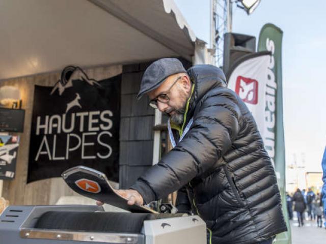 Alpes Tout Schuss P Domeyne