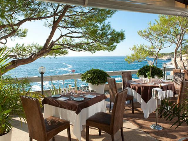 Cassis Restaurant Lapresquile Dr