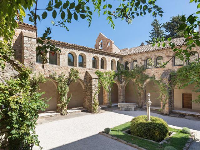 Chateau Sainte Roseline Lesarcs Dr