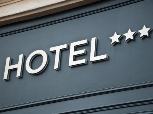Hotel 3 Etoiles As 50111778