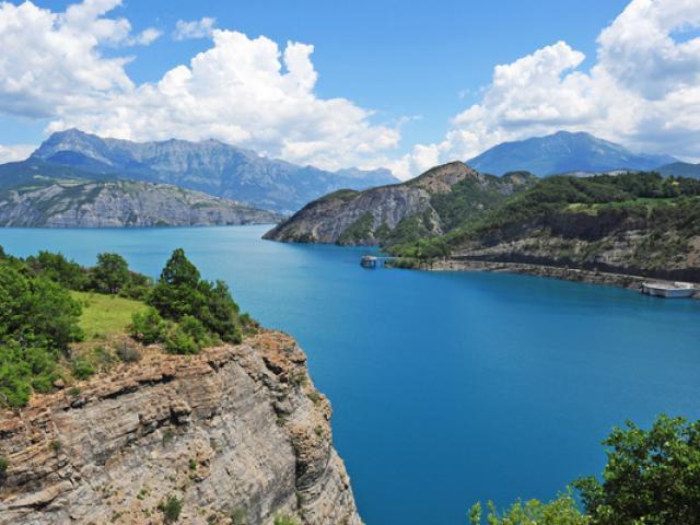 Lac Serre Poncon Alpes F2018 14077