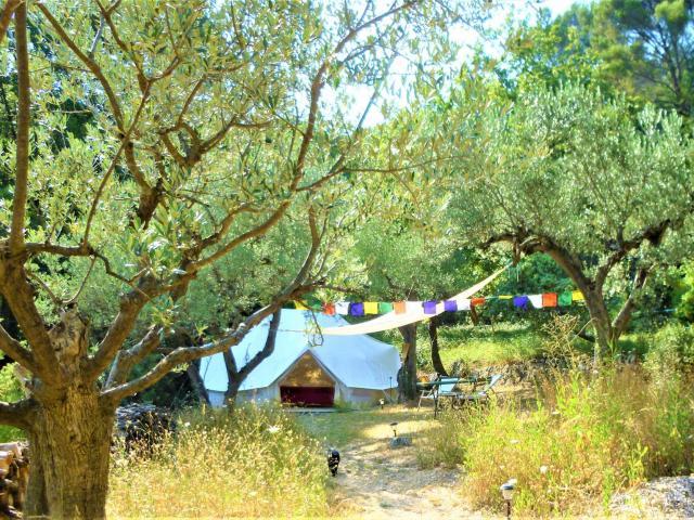 Les Tentes De Mas Kailash Paca