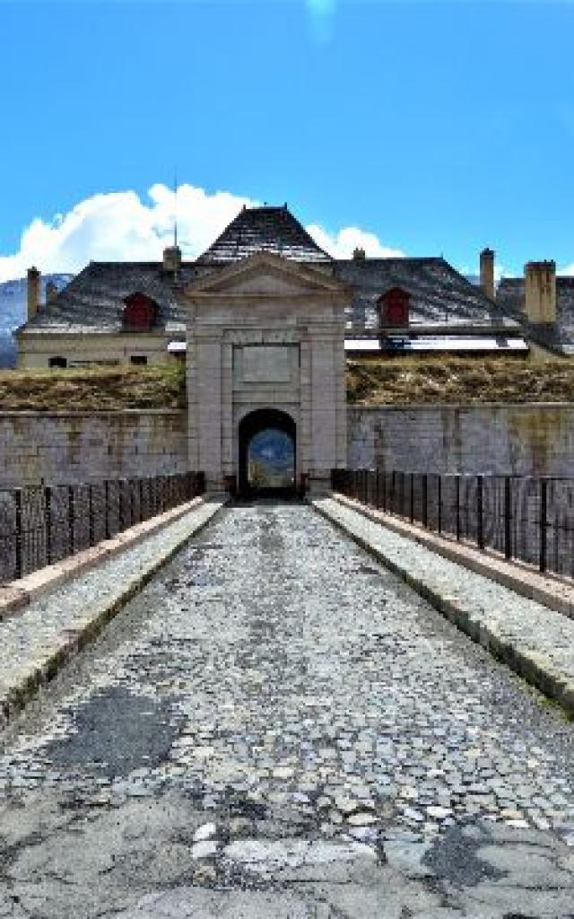 Mont Dauphin M Di Duca 19