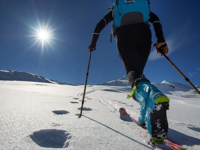 Randonnee Skidefond Alpes Istock