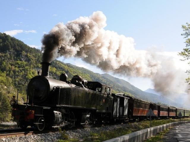 Train Entrevaux Alpes Gecp