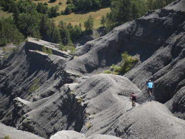 Vtt Terres Noires Digne Les Bains Tourisme