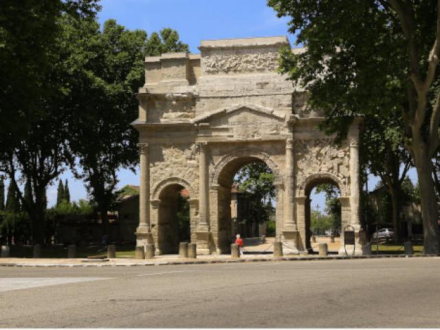 Vue Arc Triomphe Orange