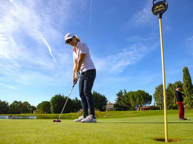 golf-mallemort-provence-thonnorat-1.jpg