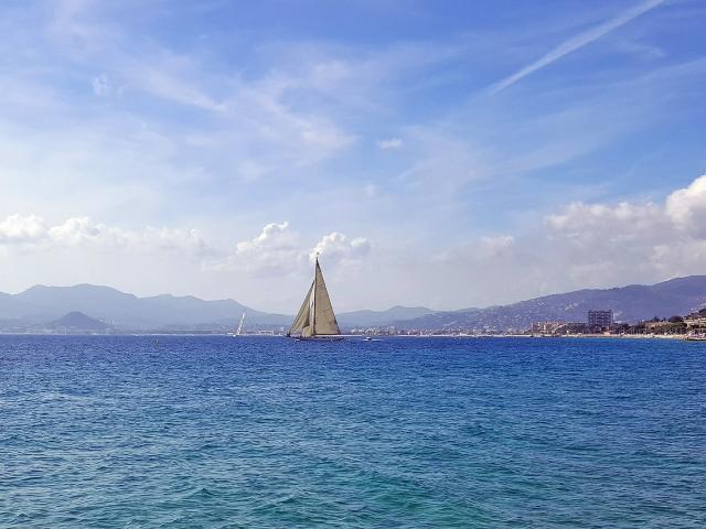 Cannes Sea 2169263