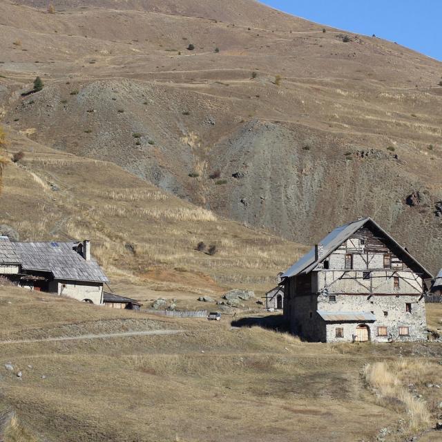 Chalets Cervieres Alpes
