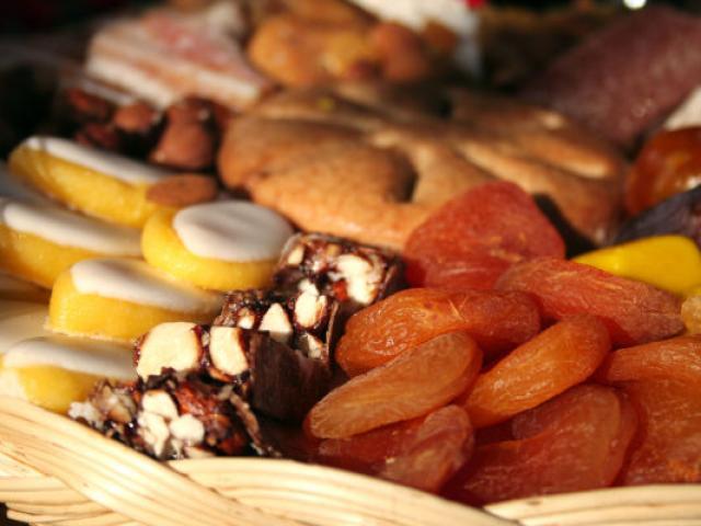 desserts-noel-traditions-provence-adobestock.jpeg