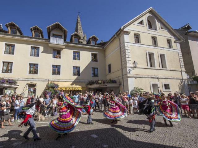 Fetes Latino Mexicaines Barcelonnette Alpes 1