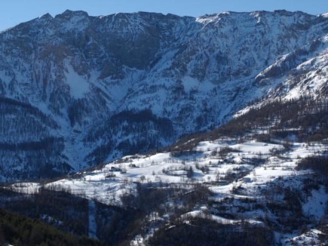 Montagne Entraunes Alpes Gveran