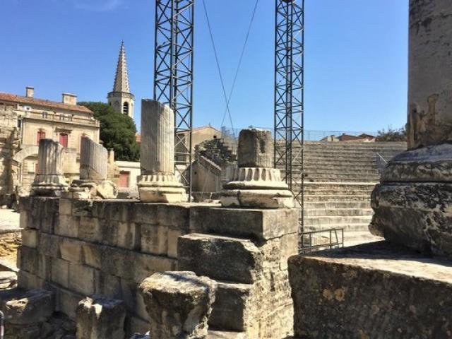 Arles Provence Paca Asalor