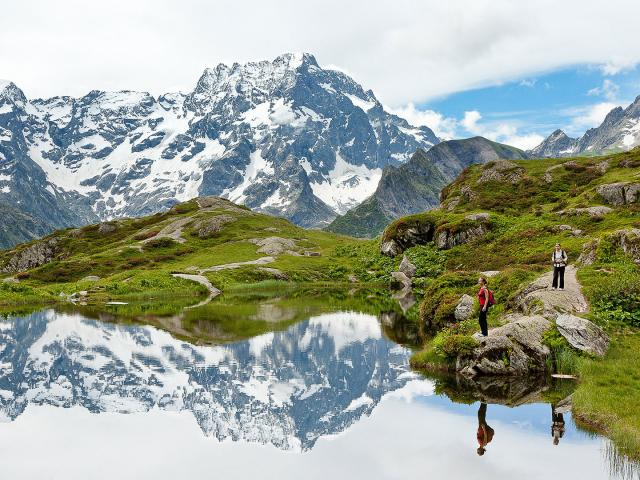 Montagne Vallée des Ecrins dans les Alpes en hiver