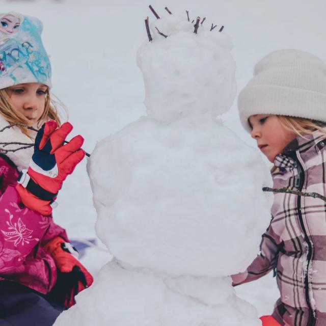station-alpes-hiver-activites-neige-enfants-unsplash.jpg