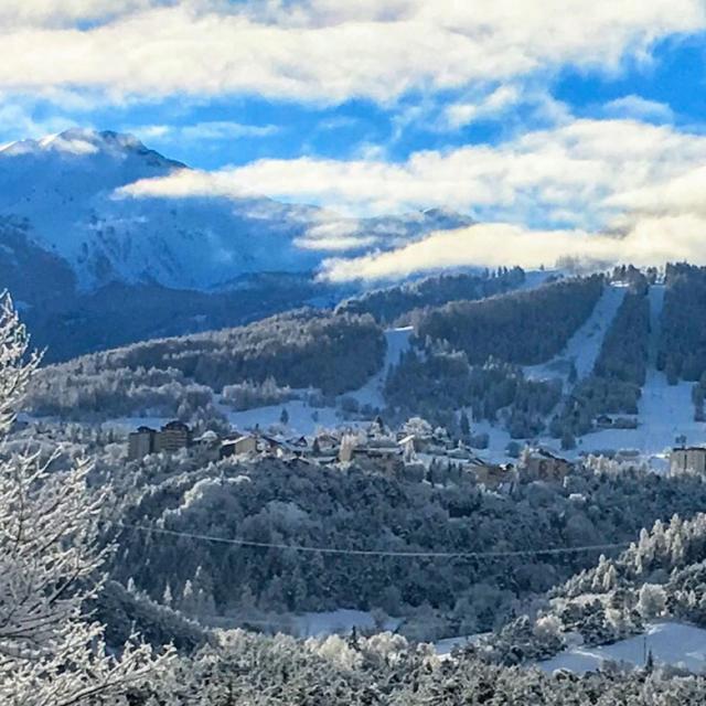 Vallée de l'Ubaye en hiver dans les ALpes