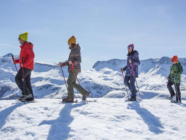 Balade Ados Famille Experience Montagne dans les Alpes