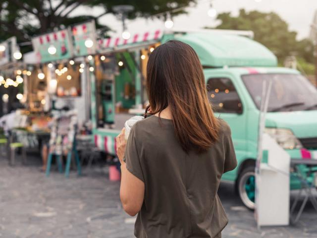 food-truck-avignon-provence-as-208697952.jpeg