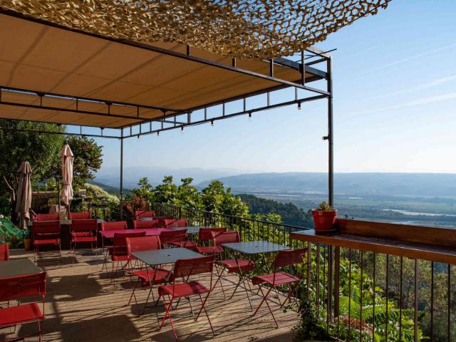 la-terrasse-de-lurs-provence-ad04-alebreton.jpg