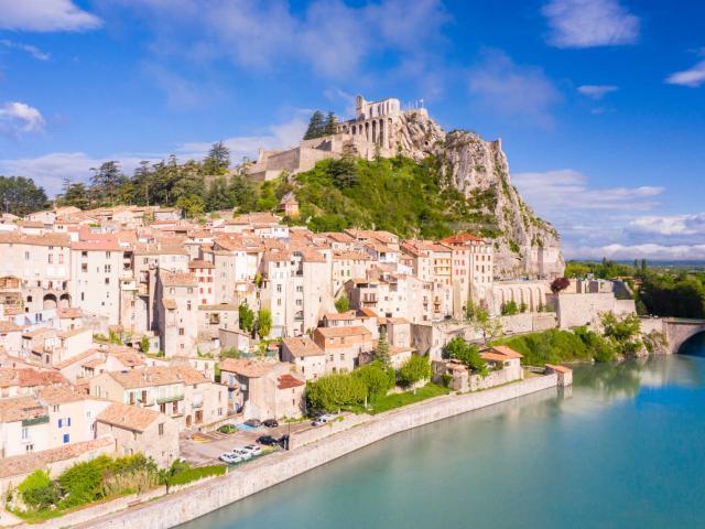 sisteron-citadelle-provence-ad04-llagarde.jpg