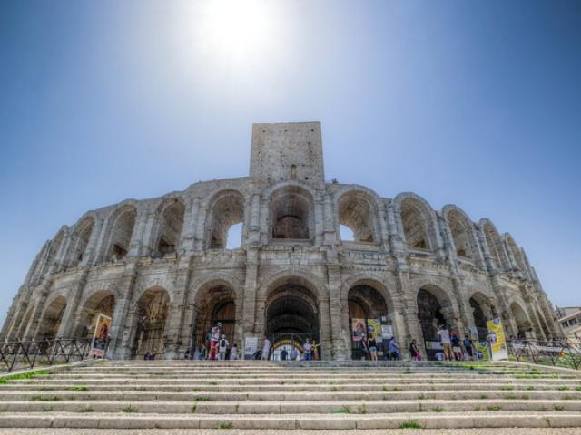 Arenes Arles