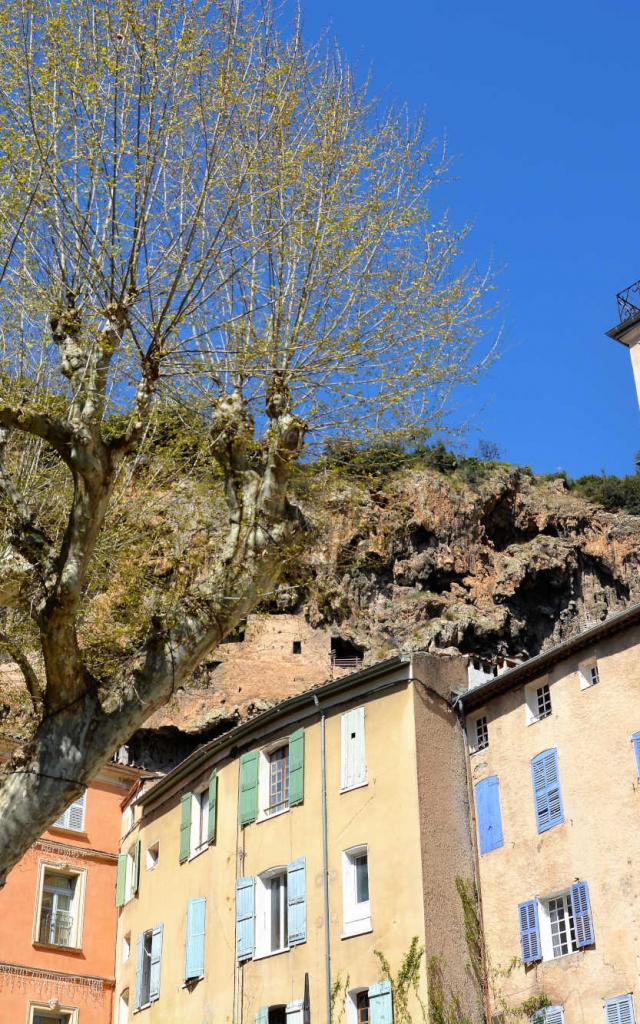Village Cotignac Provence Ylemagadure