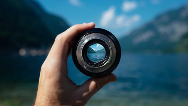 Consultation Commerciale Photo Lens Freephoto