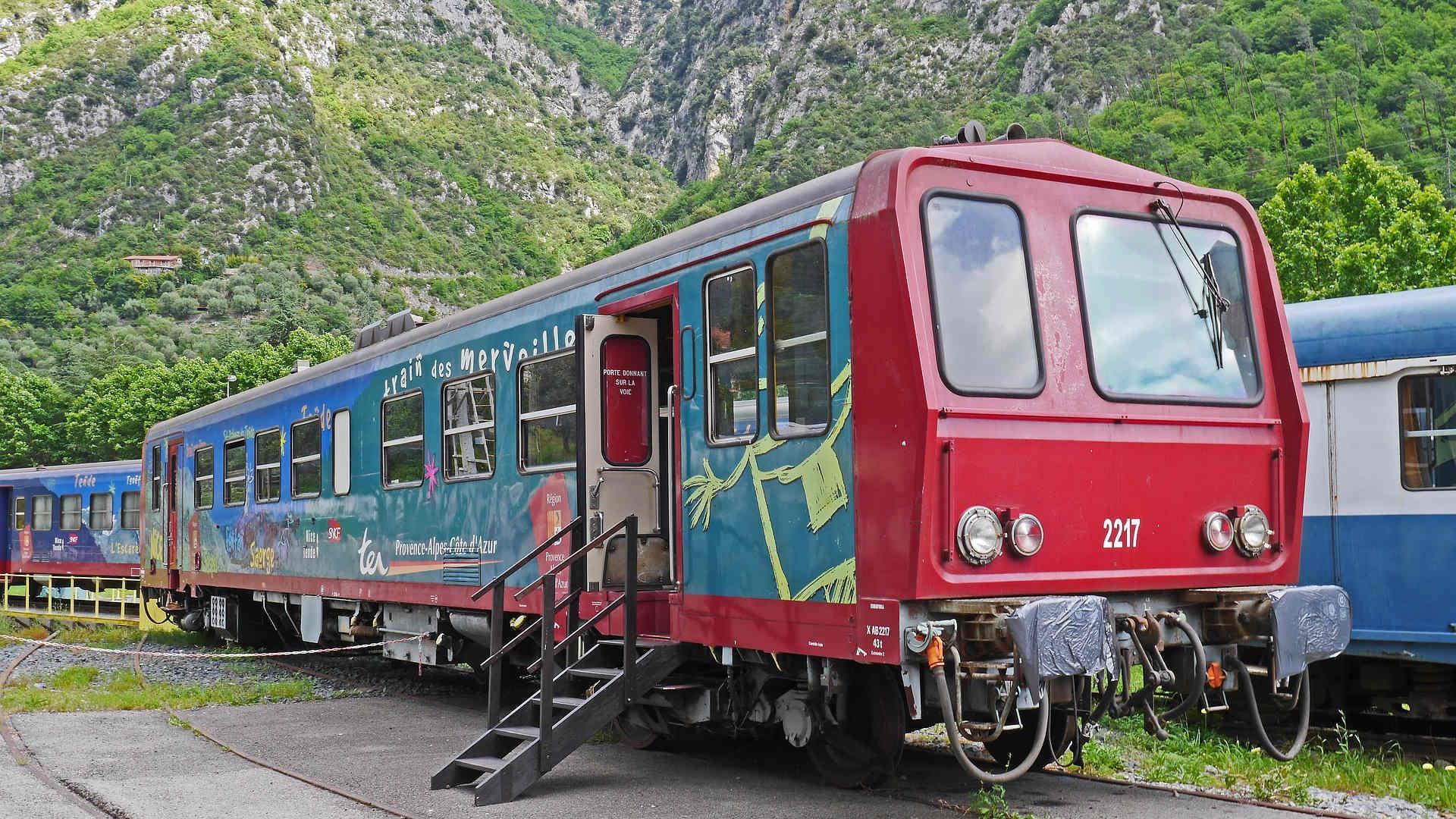 Old Railcar 1562966 1920