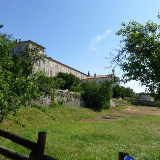 Domaine Saint Roc Estello