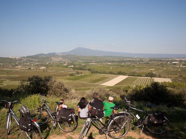 Plaine Du Comtat Ventoux Provence Pnrmv Christopheconstant