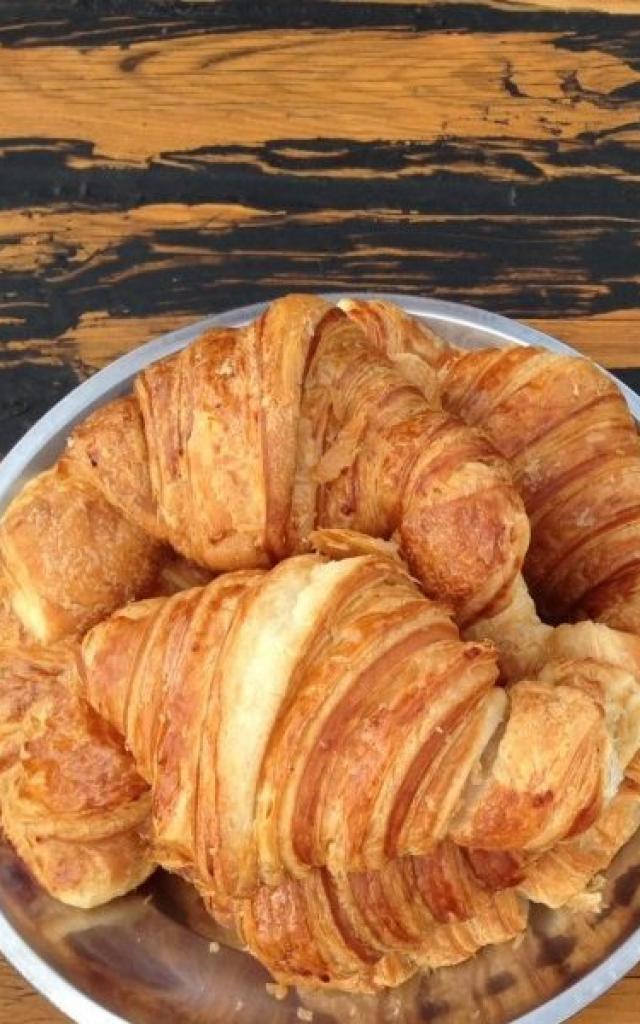 croissant-e1597218729425.jpg